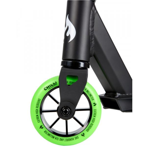 Paspirtukas Chilli Base Black/Green 118-3